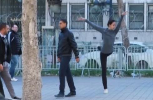 Je danserai malgré tout... dansl les rues de Tunis