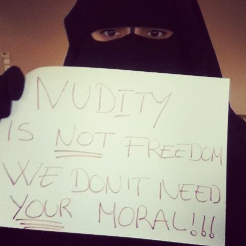 La nudité n'est pas une liberté. Nous n'avons pas besoin de vos valeurs.