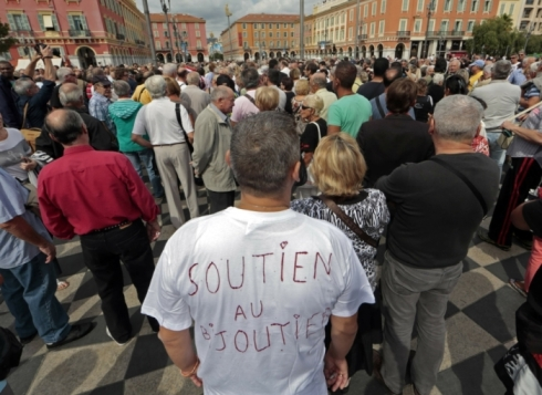 Vue de la manifestation de lundi à Nice. Eric Gaillard/Reuters